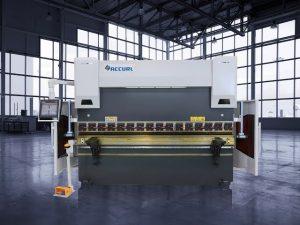 Freo de presión hidráulica CNC de 135 toneladas