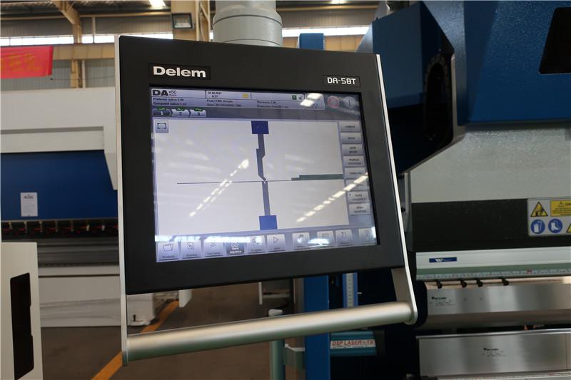 Delem DA58T 2D CNC System