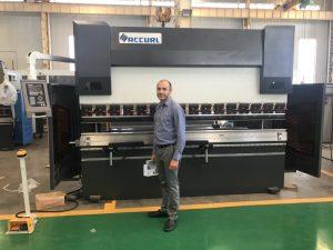 Irán Client Testing Machine na nosa fábrica 1