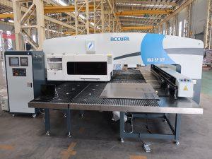amada máquina de prensagem de torreta CNC