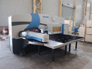 máquina de prensagem CNC de alta velocidade 30 toneladas con sistema de control OC-Oi-PO